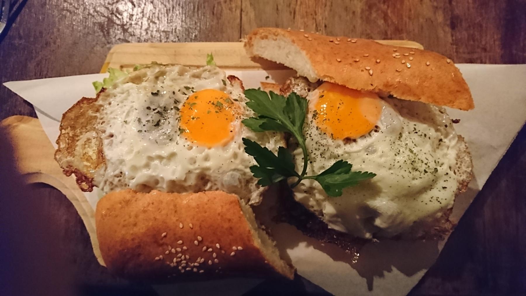 El Gringo y La Gorda's Sandwich