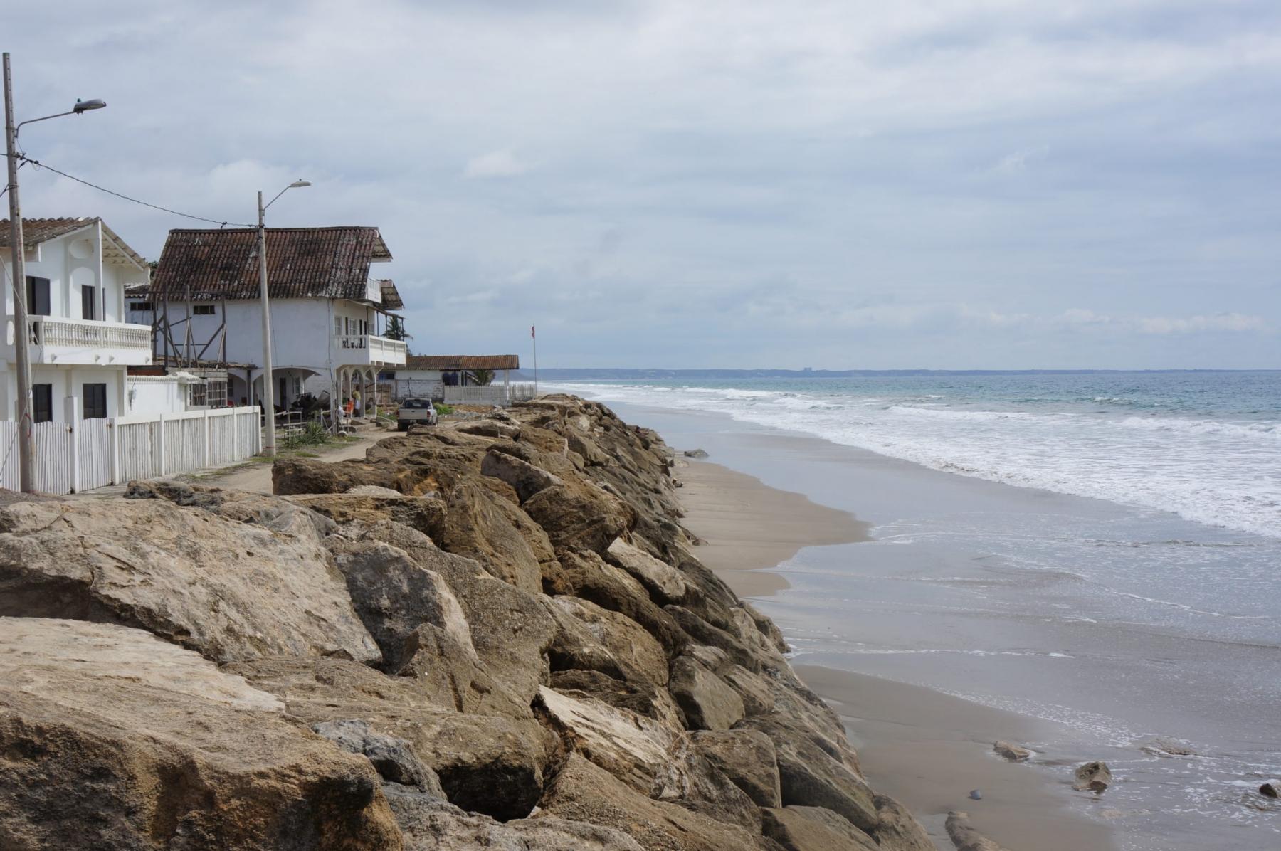 Manglaralto Beach